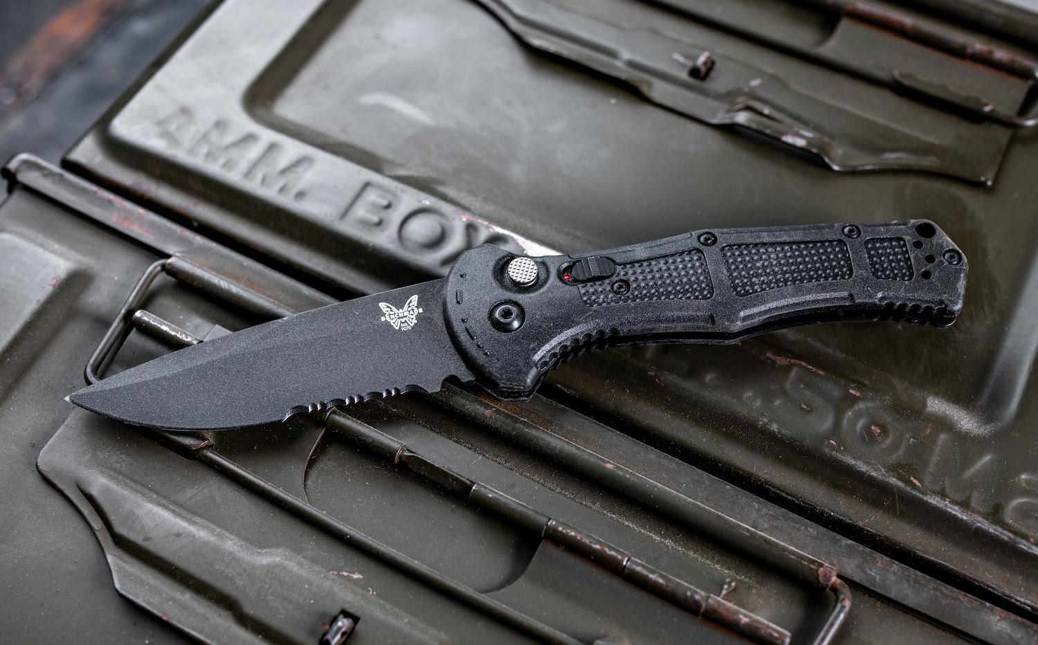 Benchmade Claymore tactical knife